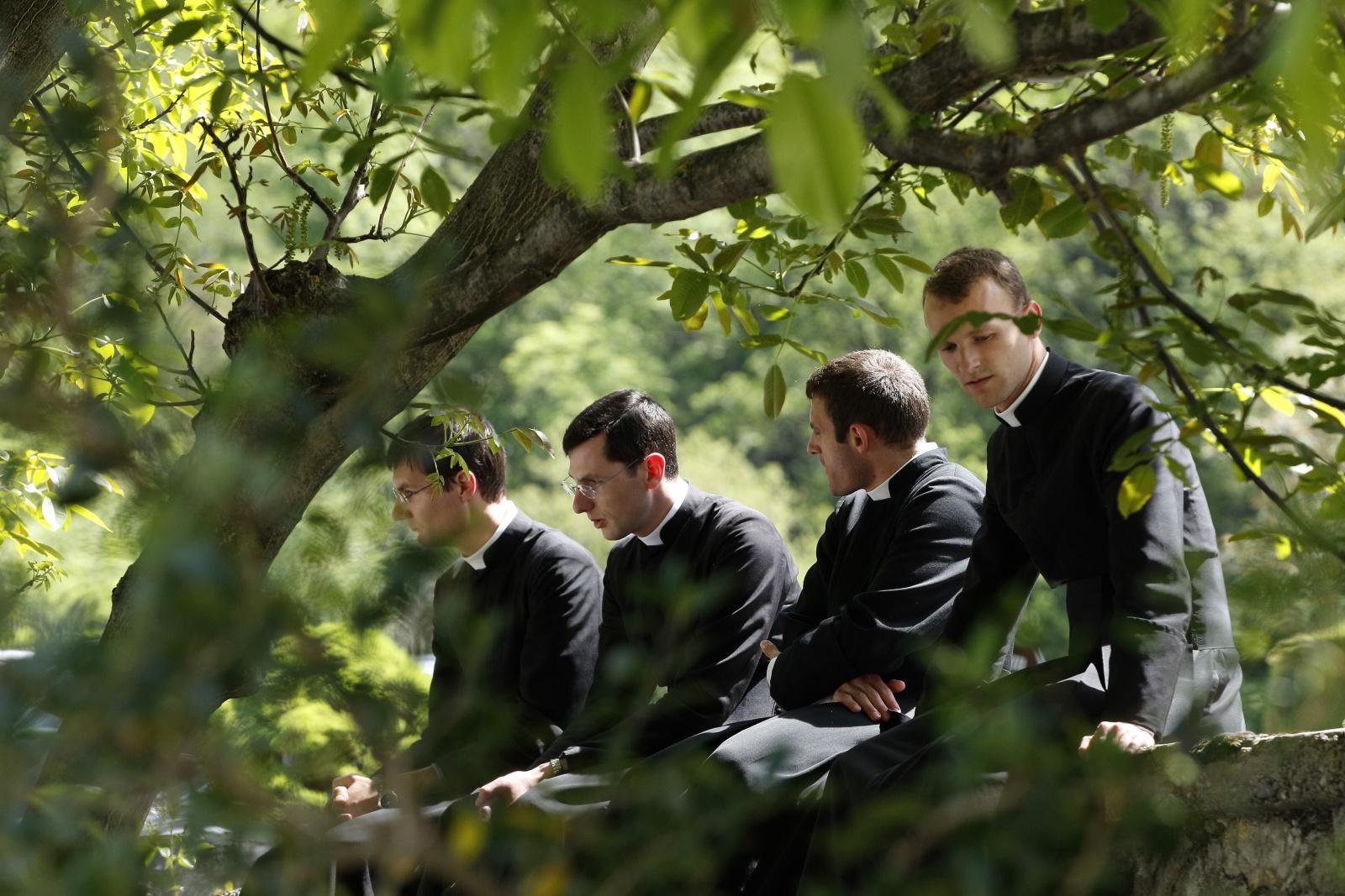 Catholic Traditionalism, Old & New (commonwealmagazine.org)