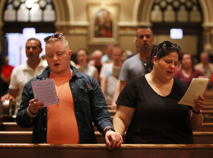 CNS photo/Karen Callaway, Catholic New World