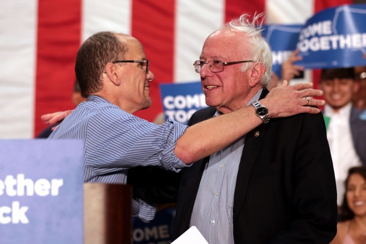 DNC Chair Tom Perez with Bernie Sanders / Gage Skidmore - Wikimedia